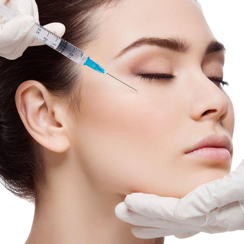 Cheekbone fillers - Filling up the cheekbones Amsterdam and